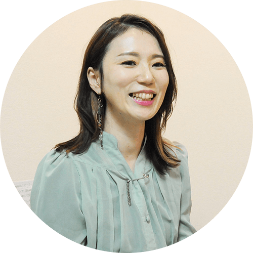 Vocal教室forest 代表 トレーナー MICHIKO